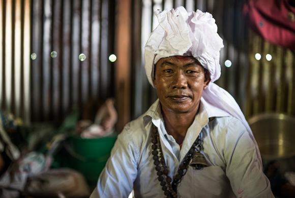 Guardianes del Alma en Nepal - Luis Miguel López Soriano