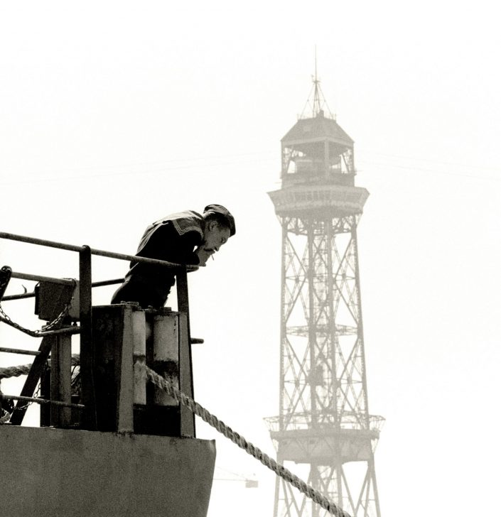 Russian sailor smoking - Port Vell (Barcelona. March 1993)