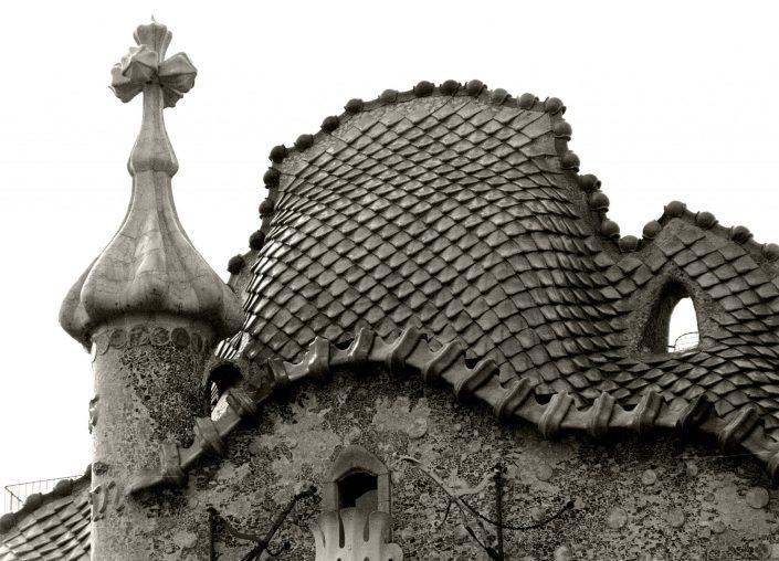 Dragon Roof - Casa Batlló (Barcelona. September 1991)