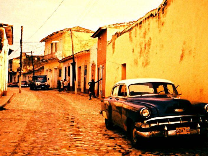 Cubanos en tránsito