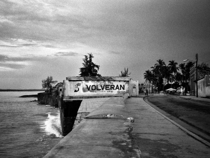 Volverán. Jibara. Cuba. 2004